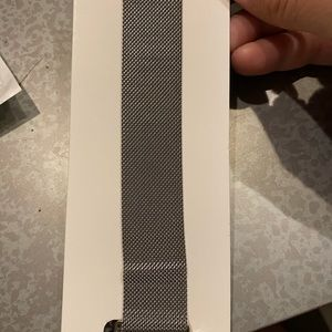 Silver mesh band for Apple Watch 42MM